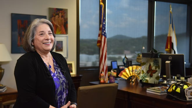 Mayor Madeline Rogero discusses the appointment of Police Chief David Rausch as the next director of the Tennessee Bureau of Investigation and the selection of his replacement.