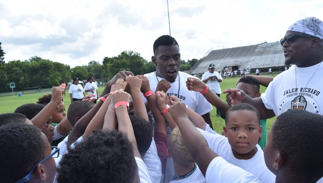 Jalen Richard of the Oakland Raiders, and a former Peabody Magnet High School football player, hosted the Jalen Richard Youth Football Skills Camp Saturday, June 23, 2018 at Peabody. Richard held two free football camps for children ages 8-12 and a second one for high school students. Richard hopes to make this an annual event.