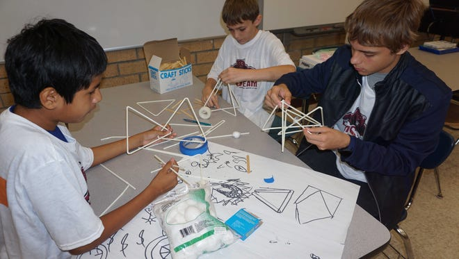 Students participate in engineering course at Lehigh Middle School STEAM camp.