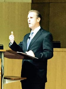 There was plenty of praise to go around during Chandler Mayor Jay Tibshraeny's State of the City address, with several local businesses drawing accolades, along with neighborhood and youth initiatives and city employees.