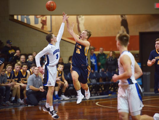 636502652685476645-Tea-vs-Bridgewater-Emery-boys-basketball-003.JPG