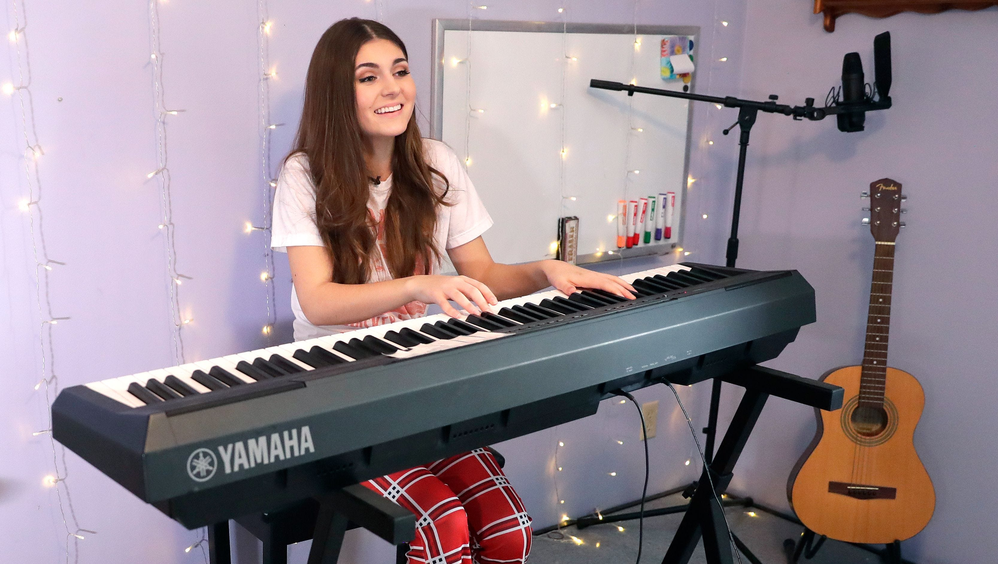 Wisconsin teen singer on bullying and mental health: Franki Moscato has been bullied and excluded. Now she reaches out through her songs