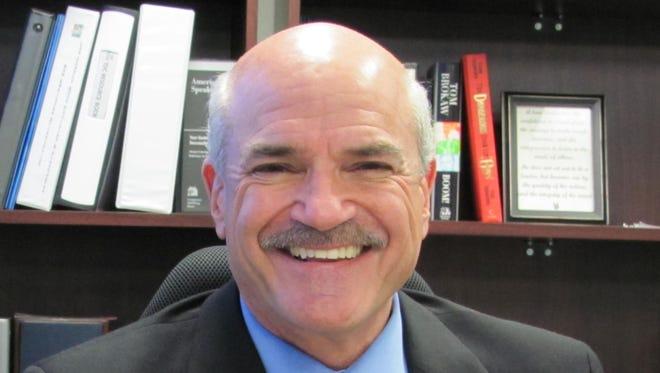 Roger Desjarlais, Lee County manager