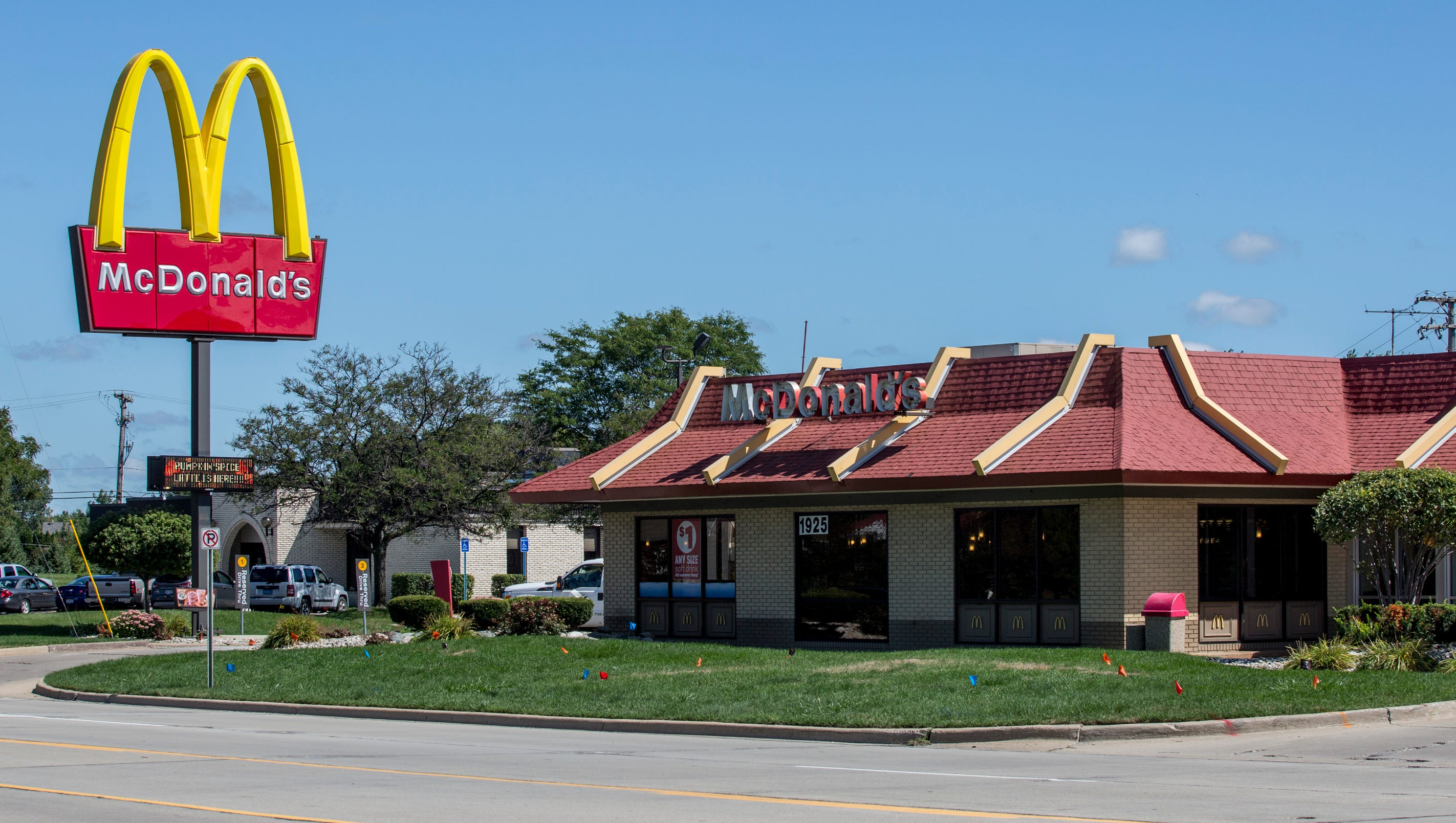 Local Fast Food Restaurant Closing Times