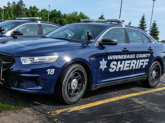 635663528428729056-Winnebago-County-Sheriff-vehicle