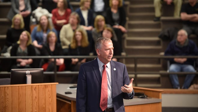 St. Cloud Dave Kleis outlines successes and challenges during the 2018 state of the city address at St. Cloud City Hall.