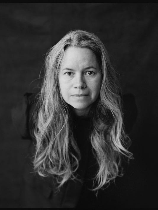 636237800163709899-Natalie-Merchant-2017-photo-bw.jpg