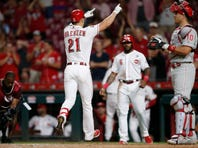Lorenzen homers, gets win, plays field as Reds top Phillies