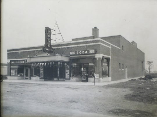 Historical photo of Lincoln Park Theater circa. 1925