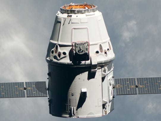 spacex-dragon-capsule-hero