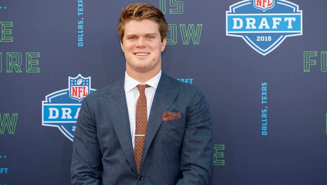 Apr 26, 2018; Arlington, TX, USA; Southern California quarterback Sam Darnold arrives on the red carpet before the 2018 NFL Draft at AT&T Stadium.