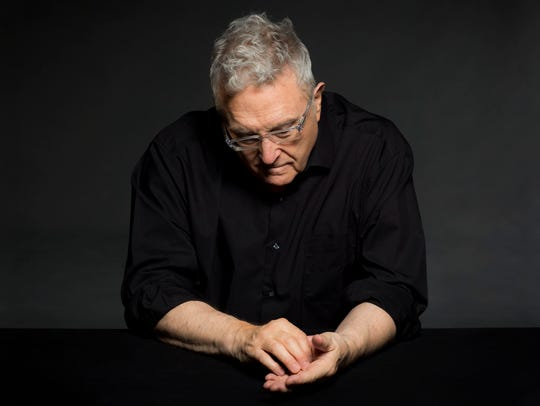Randy Newman plays New York City's Beacon Theatre on