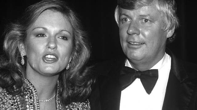 Phyllis George and Gov. John Y. Brown Jr. in 1981 in New York City. George has passed away at age 70.