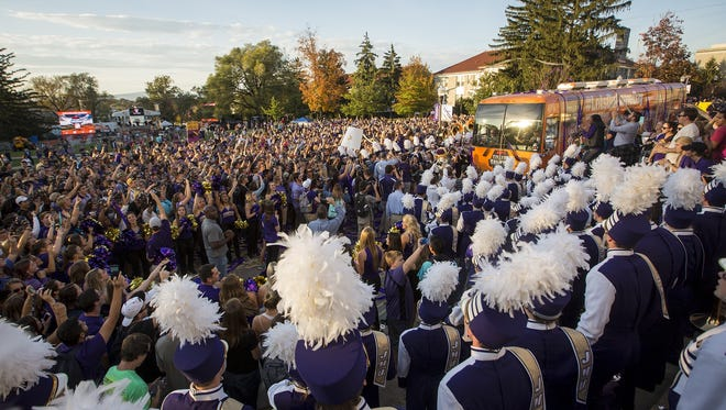 James Madison University students and community members welcome the ESPN GameDay bus to Harrisonburg on Friday. Richmond plays James Madison on Saturday.