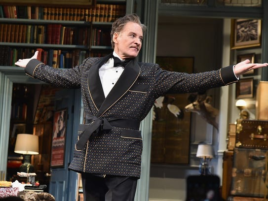 """Kevin Kline during curtain call for """"Present Laughter"""""""