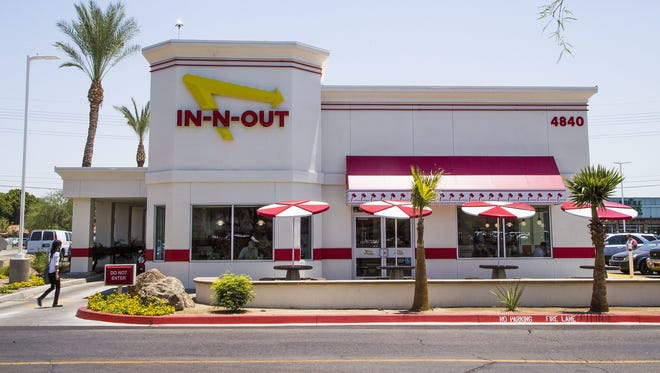 Iconic California chain In-N-Out Burger opened in Surprise.