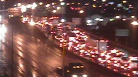 Traffic is backed up at 12th Street in Covington due to a crash near Linn Street on NB I-75