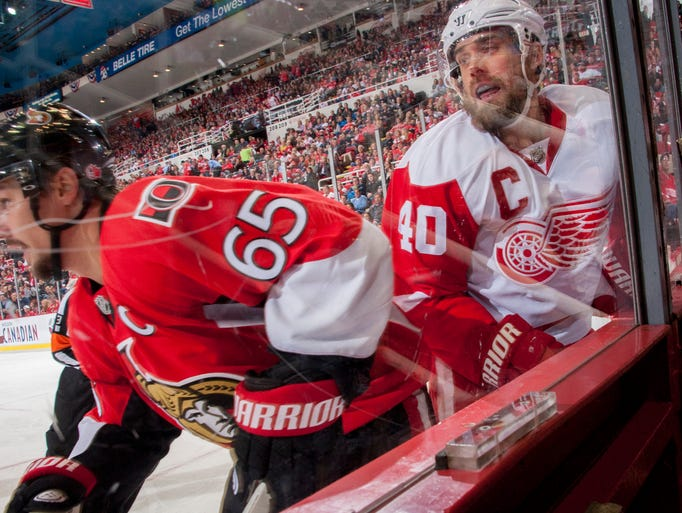 Detroit Red Wings  left wing Henrik Zetterberg and