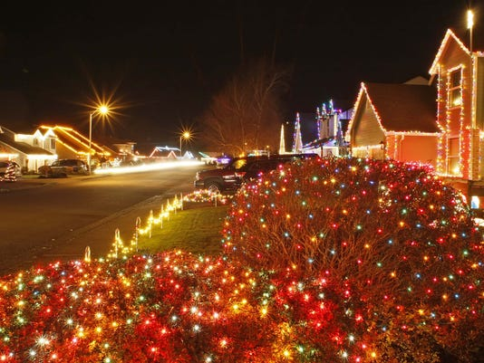 MIRACLE OF CHRISTMAS LIGHTS