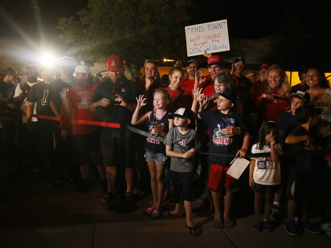 Wildcat fans line up during a welcome back reception