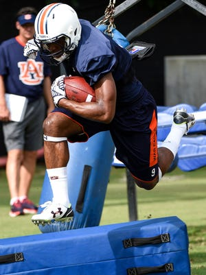 Roc Thomas (9) at   Auburn Fall Practice on Thursday.