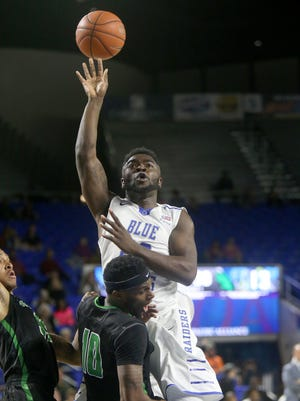 The Blue Raiders will need Giddy Potts (20), one of the top three-point shooters in the country, to have a big game in Bowling Green on Saturday.