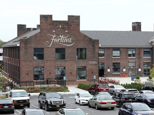 The exterior of Fortina restaurant at the Boyce Thompson
