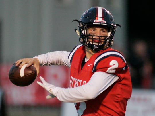 Tuerlings quarterback Hayden Cantrelle winds up to