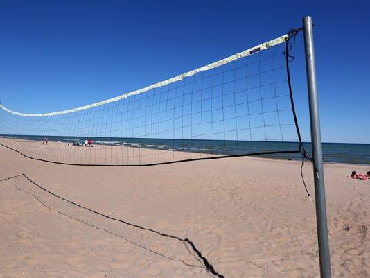 636028160801844729-6-28-16-MAN-N-Volleyball-0002a.jpg