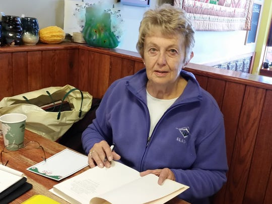Lou Ann Jopp worked with Homemaker Clubs as an Extension educator.