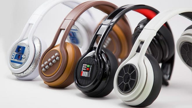 SMS Audio serves up its second edition of Star Wars-branded headphones for geeks.