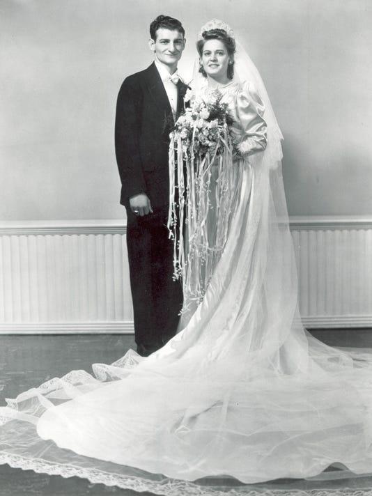 48977059_tom_and_mary_wedding_1942