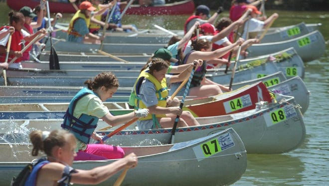 The 1998 General Clinton Canoe Regatta