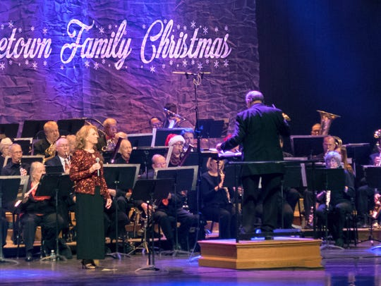 America's Hometown Band will perform their 2016 holiday
