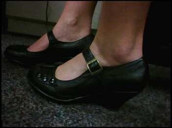 Or Heels Stilettos Modest For Skip Flats Desk The Standing Cute qA0SRzff