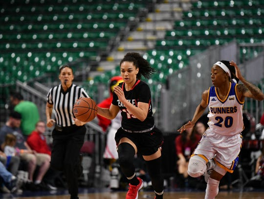 After her commitment to Seattle University fell through, Kamira Sanders started her collegiate career as a Seattle University Redhawk.