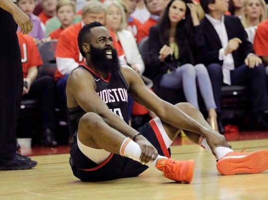Warriors_Rockets_Basketball_09798.jpg