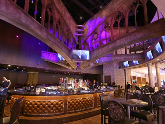 This is one of the two bars on the gaming floor at del Lago Resort & Casino in Tyre. The other is closer to the action and offers an even better place to people watch.
