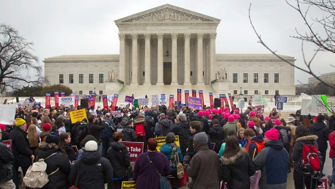 A federal appeals court ruled Friday that protesters do not have access to the Supreme Court's plaza.