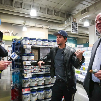 Hy-Vee unveils 'urban look' downtown grocery and Mark Wahlberg was there
