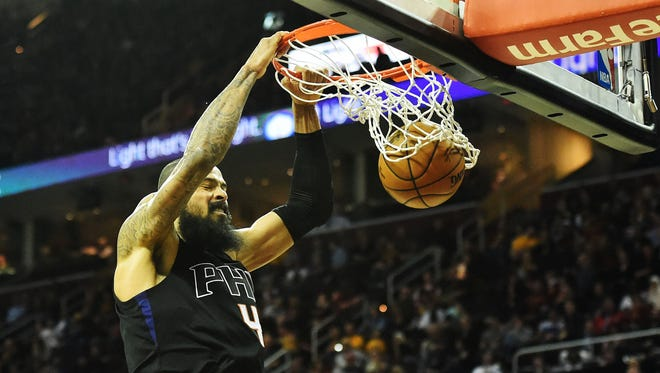 Jan 19, 2017: Phoenix Suns center Tyson Chandler (4) slam dunks during the second half against the Cleveland Cavaliers at Quicken Loans Arena. The Cavs won 118-103.