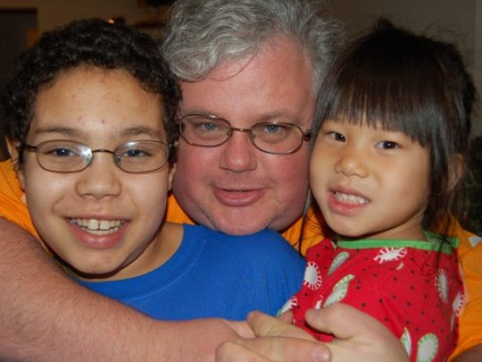 David Venner, center, with daughter Marley and son Anthony in 2009.