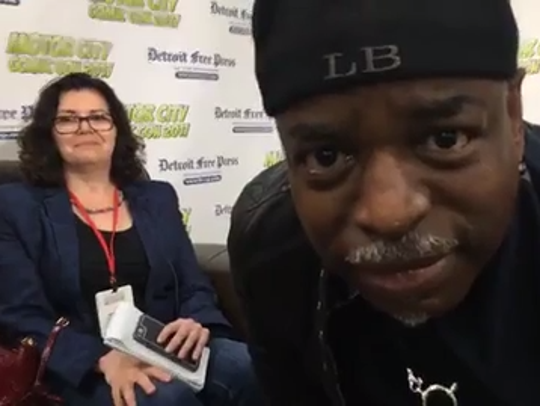 LeVar Burton talks to Julie Hinds at Motor City Comic