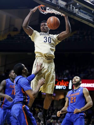 Vanderbilt's Damian Jones (30) will lead the Commodores in a pivotal SEC game at Florida on Tuesday night.