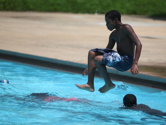 Pools Cooling Stations Open To Beat Extreme Heat