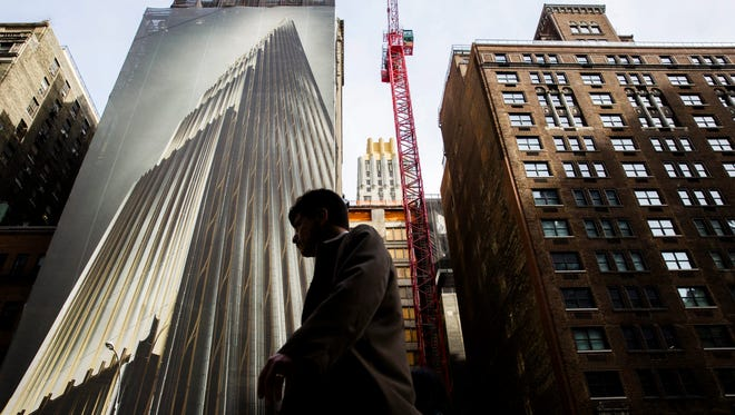 Apartment renters are renewing their leases in record numbers.