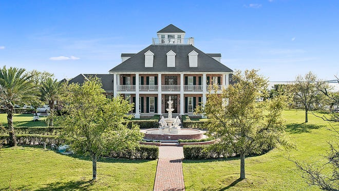 This 5 bedroom, 7 bath home has 10,924 square feet of living area and is located at 800 Lakeshore Blvd. in Slidell, Louisiana. It is listed at $5,000,000.