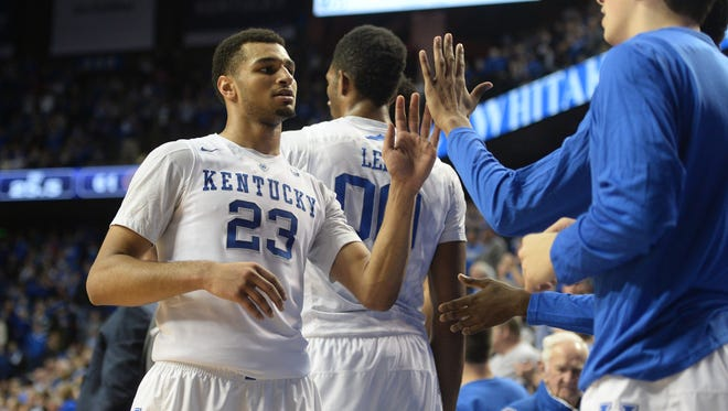 UK's Jamal Murray is congratulated after coming out of the game during the University of Kentucky basketball game against Florida at Rupp Arena in Lexington, Ky., on Saturday, February 6, 2016. 
