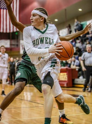 Howell's Johnny Shields, a two-time all-county selection, gets his senior season started Tuesday night at Linden.