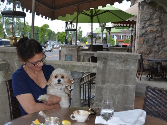 Courier News Dog Dining Bernards Inn Patron.jpg